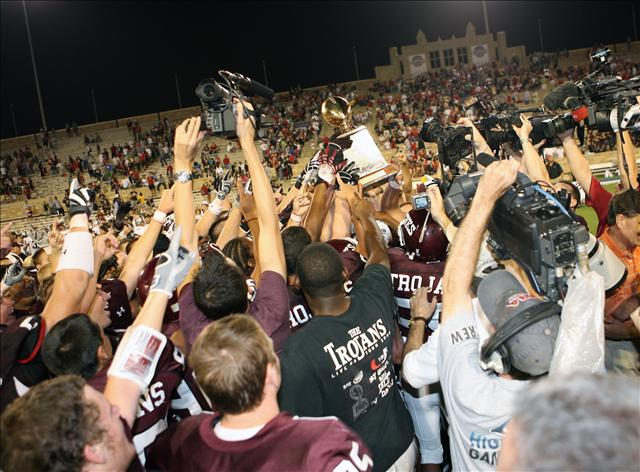 Jenks (Okla.) did not let last week's celebrations affect this week's performance against Owasso.