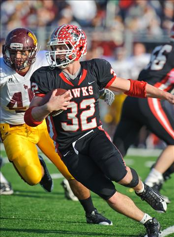 Matt Perez rushed for 316 yards to give Maine South its second straight 8A title.