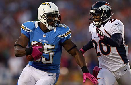Antonio Gates of the San Diego Chargers went to Central High (Detroit).
