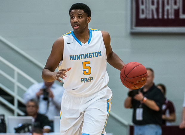 JaQuan Lyle's buzzer beater pushed Huntington St. Joseph Prep past La Lumiere and into Friday's semifinals at Dick's Nationals.
