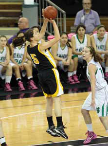 Del Oro's Madeline Campbell was superb in defeat with game-high 18 points.