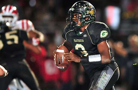 Troy Williams led Narbonne to a shutout victory against Crenshaw, which allowed the Gauchos to move to No. 1 in the Farwest.