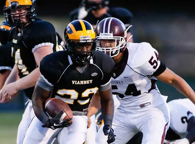 Vianney running back Markel Smith rushed for 541 yards and seven touchdowns to break a Missouri state rushing record.