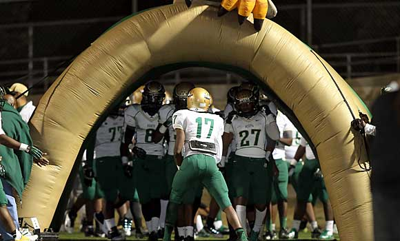 DeSoto has emerged as the nation's new No. 1 team. But can other hard-charging teams take that away from them?